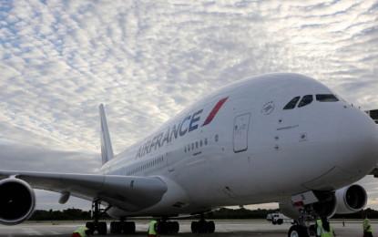 Llega a Cancún el avión comercial más grande del mundo