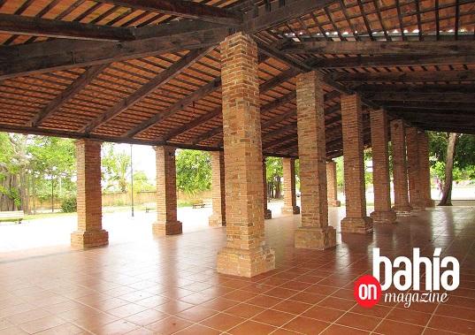 El mercado se establecerá bajo la zona techada de la Plaza del Sol. (Foto: Rodolfo Preciado).