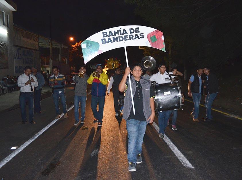 Bahía de Banderas presente en el desfile de inicio de la Feria Nayarit 2014.