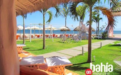Eva Mandarina Beach Club, relax 'con arte' a la orilla del mar
