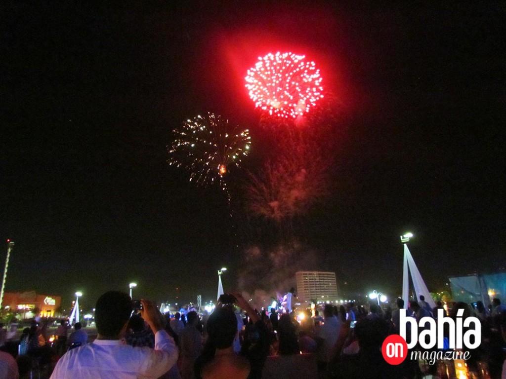 Espectacular cierre de la fiesta con un espectáculo de pirotecnia. (Foto: Rodolfo Preciado).