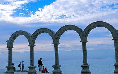Puerto Vallarta en el Top 10 de los destinos más populares de México