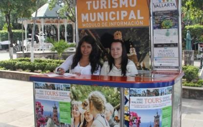 Instala PV módulos de información turística por Semana Santa