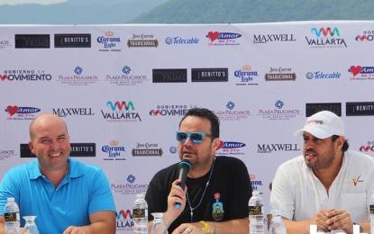 """Nicho Hinojosa en Puerto Vallarta con su gira """"Ven y súbete a la Van"""""""