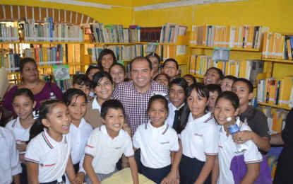 Reabren biblioteca pública en San José del Valle