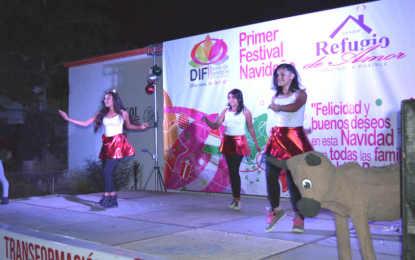 Celebra Monserratt Peña de Gómez 1er festival navideño