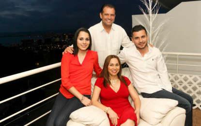 Andrés cierra fuerte 2014 y recibe el 2015 en familia