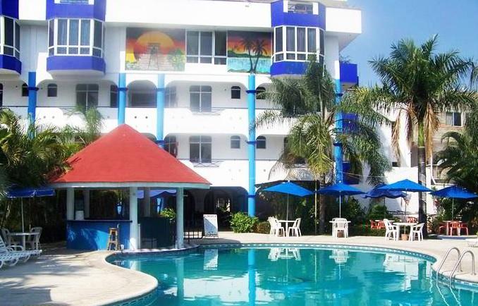 On bahia magazine destinos hotel y bungalows guayabitos for Hotel luxury rincon de guayabitos