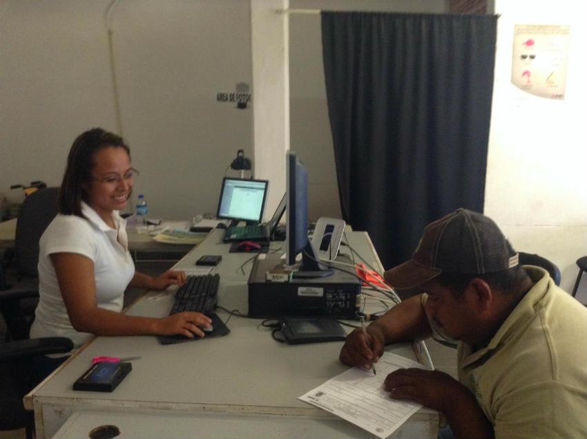 Módulo del INE en Bahía amplía horario para tramitar credencial