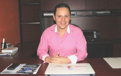 Nombran a Óscar Pérez director de Turismo en Puerto Vallarta