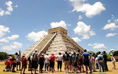 """Recupera México lugar en el «Top 10"""" turístico"""