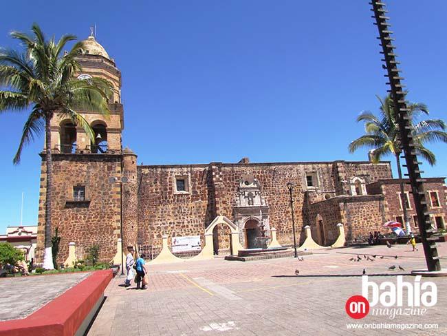 De los lugares de mayor interés se encuentra la parroquia de santo Santiago Apóstol o llamada también templo del Señor de la Misericordia.