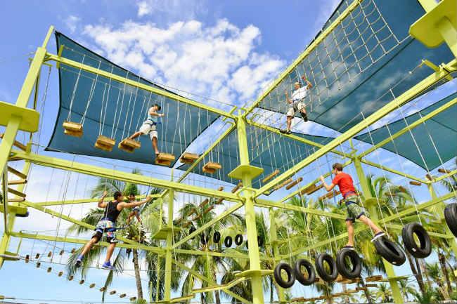 Aquaventuras Park suma actividades extremas a sus atractivos