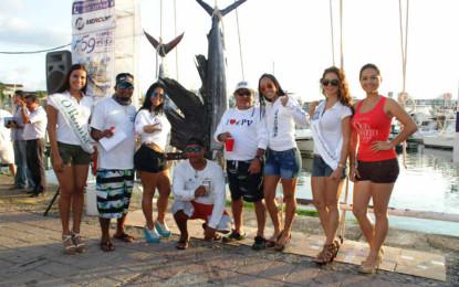 """Todo listo para la """"fiesta"""" de la pesca en Puerto Vallarta"""