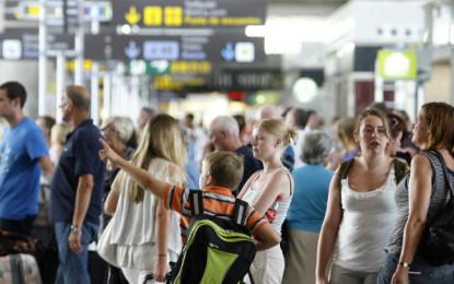 Pronostica la Fematur menor llegada de turistas para el 2016