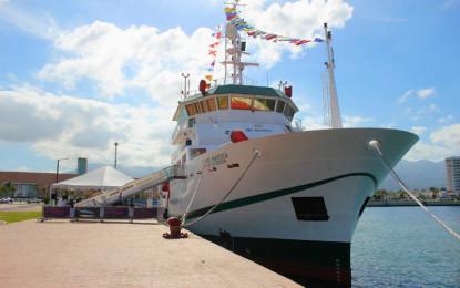 Recibe Puerto Vallarta al buque de investigación del Inapesca