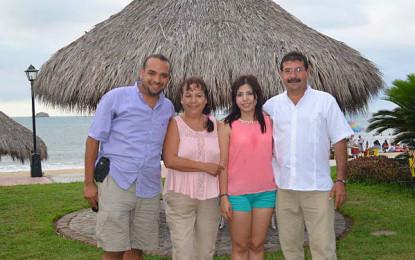 Festejo de cumpleaños para Francisco Armando Vizcaíno