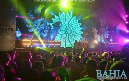 Vibran más de 13 mil personas en el Corona SunSets Festival