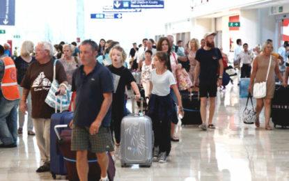 Sube 9.9% llegada de turistas internacionales