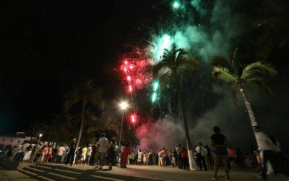 Puerto Vallarta celebró en grande su doble aniversario