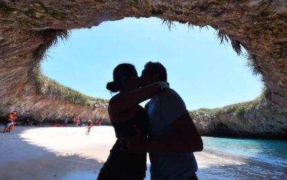 Reabren al turismo la Playa del Amor