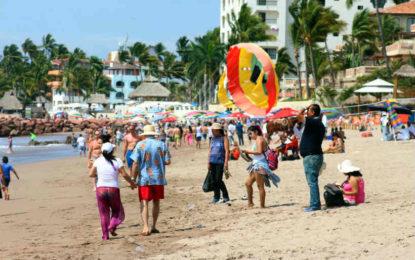Vive Puerto Vallarta un excelente periodo vacacional de verano