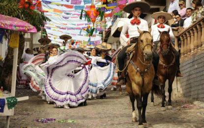 Puerto Vallarta, el mejor destino de playa para celebrar las Fiestas Patrias