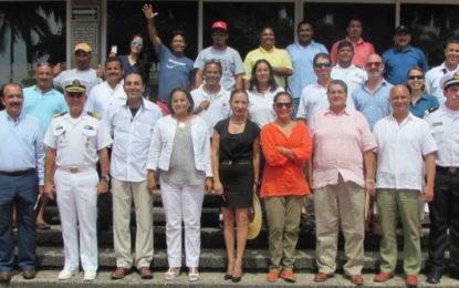 Acredita la Conanp a 726 guías para las Islas Marietas