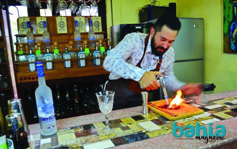 israel-diaz-mixologo