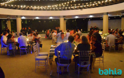 Cena bajo las estrellas en Marival Residences Luxury Resort