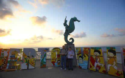 Puerto Vallarta cumplió el sueño de un bolero de conocer el mar