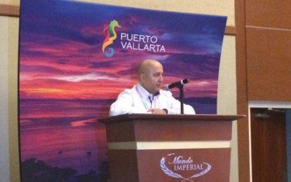 Presentan en el Tianguis al nuevo director del Fidetur Puerto Vallarta