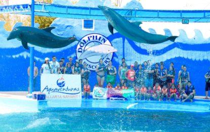 «10, 000 Sonrisas», el programa amigable de Dolphin Discovery