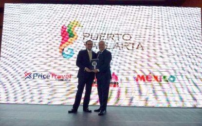 """Puerto Vallarta recibe el premio """"Price Travel Trophy"""""""
