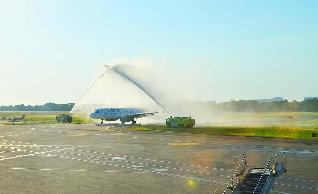 Inaugura Volaris vuelo directo de Los Ángeles a Puerto Vallarta-Riviera Nayarit
