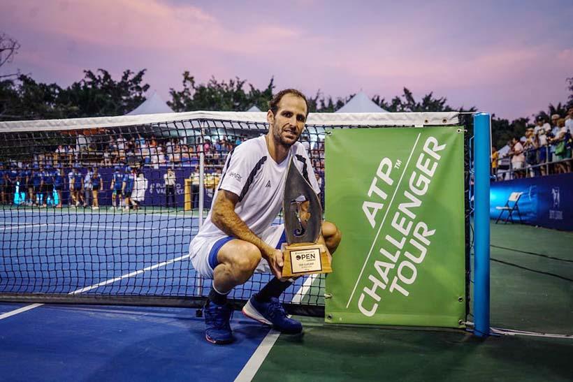 Adrián Menéndez-Maceiras, Campeón del Puerto Vallarta Open