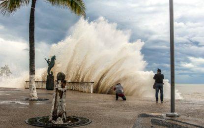 """Vallarta sin afectaciones tras el paso del huracán """"Willa"""""""
