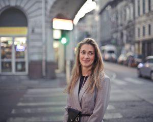 Industria turística impulsa participación de las mujeres