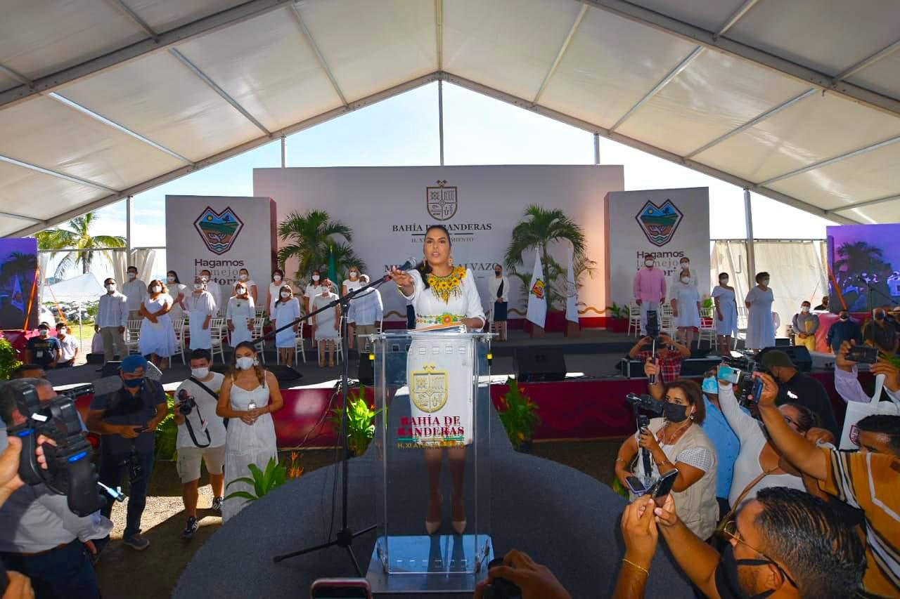Mirtha Villalvazo, primera mujer en gobernar Bahía de Banderas