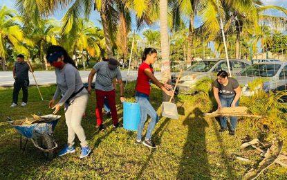 A limpiar escuelas en Bahía de Banderas
